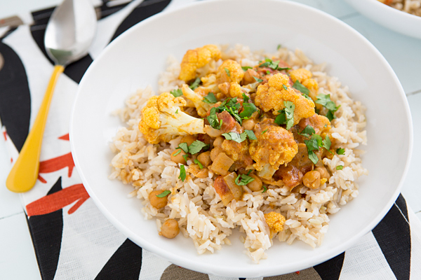cauliflower_and_chickpea_coconut_curry_recipe