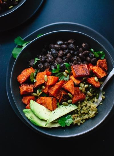 simple-sweet-potato-green-rice-burrito-bowls